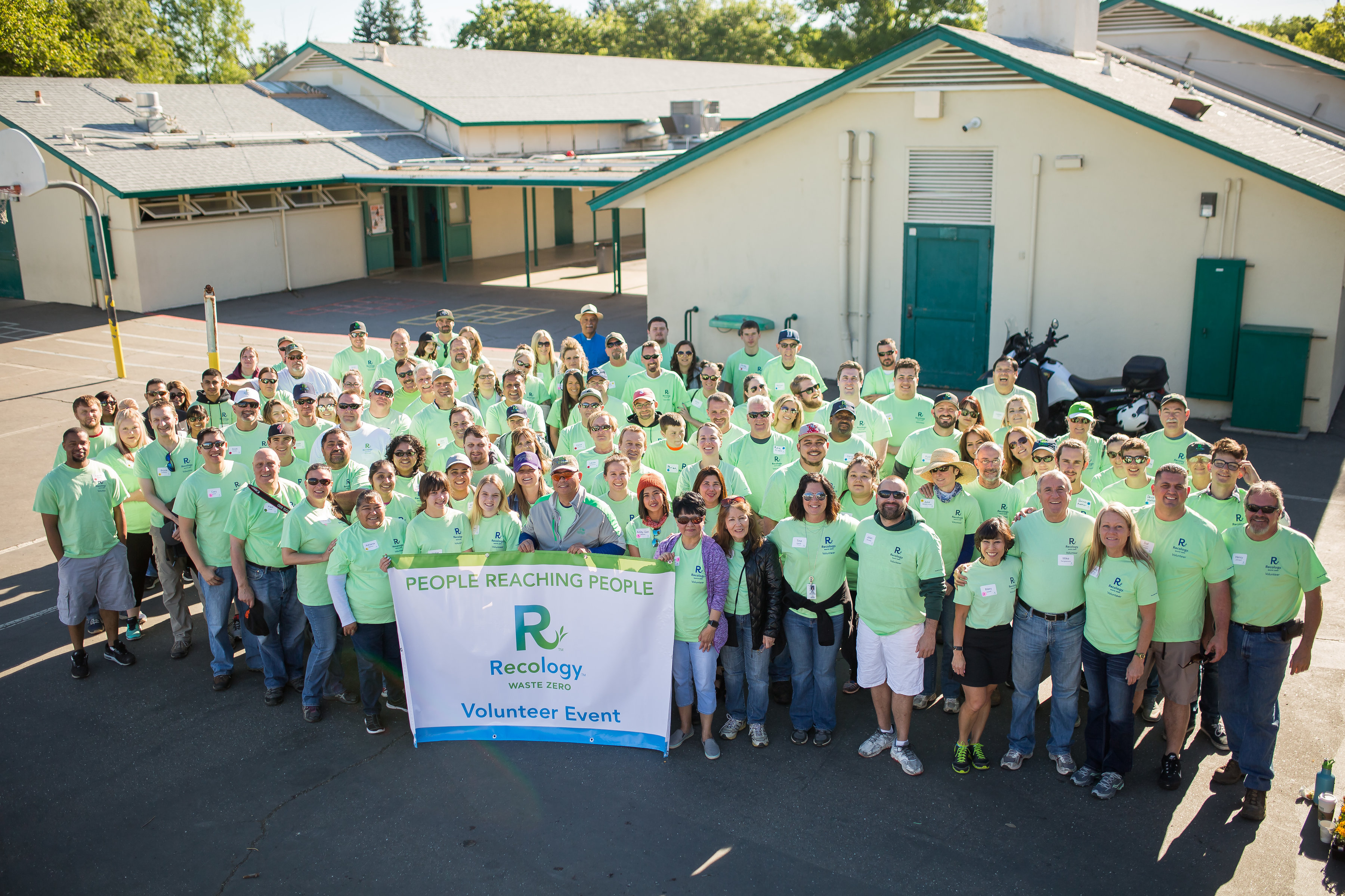 Photo of Recology Campus Improvement Day